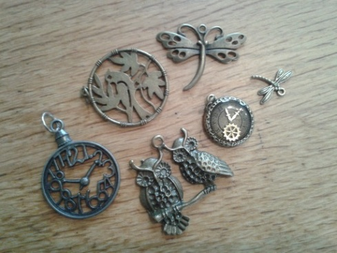charms - owl and clocks