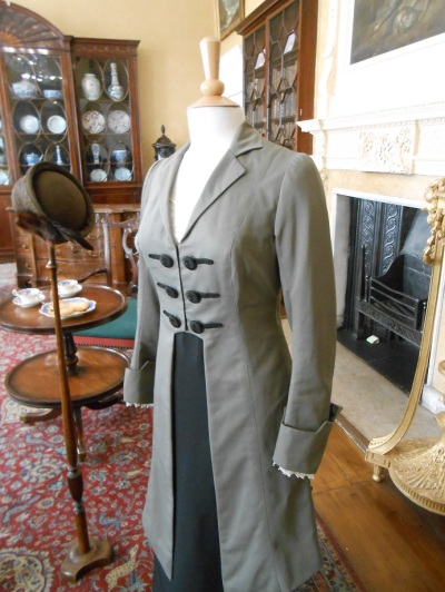 Downton costumes