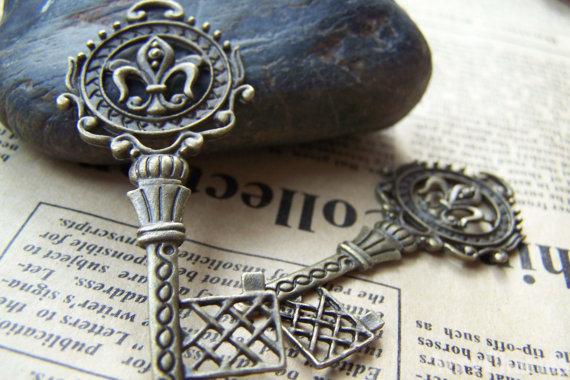 key charms 2