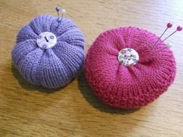 knitted pincushions May 1