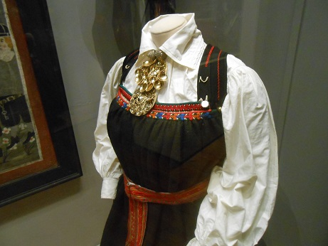 Norway Folk Museum embroidery 2