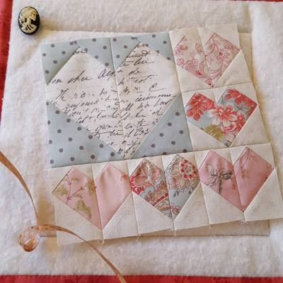 Lisa Leimone - Love Hearts Block