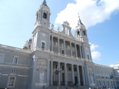 Madrid cathedral exterior 3