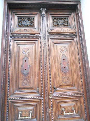 Madrid doors 4
