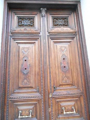 Madrid doors 4