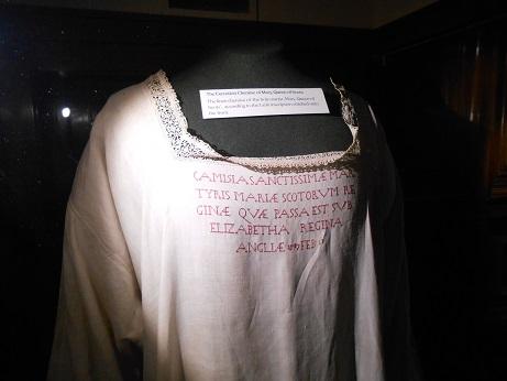 Coughton - MQS robe 1