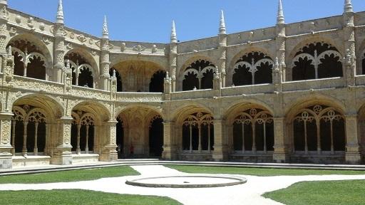 Lisbon - cloisters 1