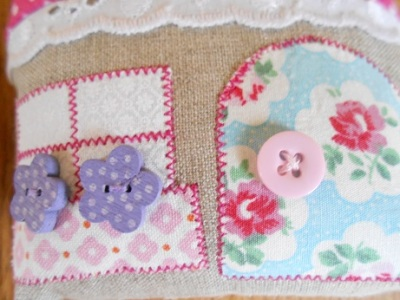 pincushions-sept-2016-houses-4