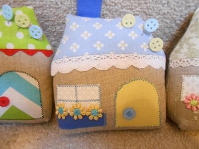 house-pincushions-4