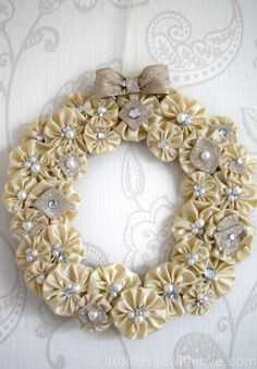 suffolk-puff-wreath-2