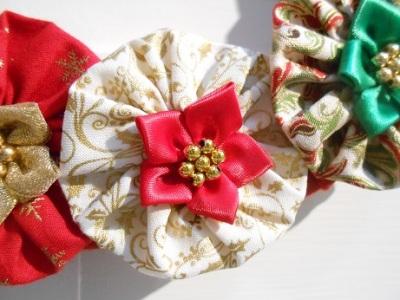 xmas-suffolk-puff-wreath-5