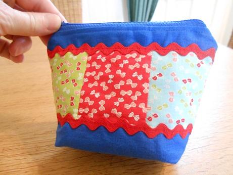 Blue linen pouch 2