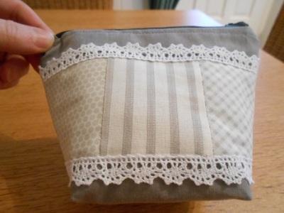 Grey linen pouch 2