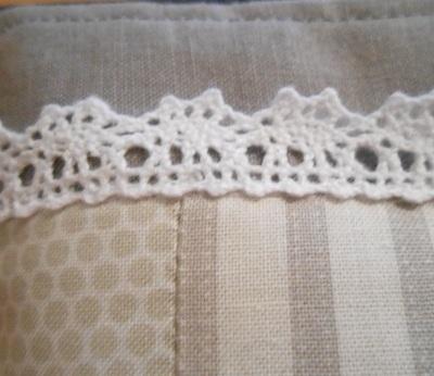 Grey linen pouch 4