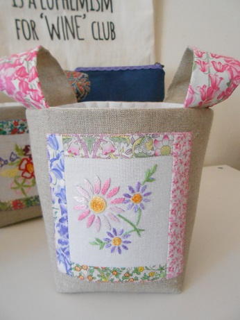 July bags and pouches 15