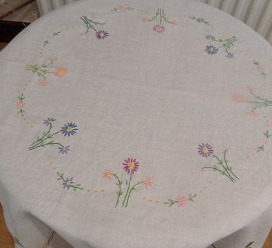 Ebay tablecloth 2