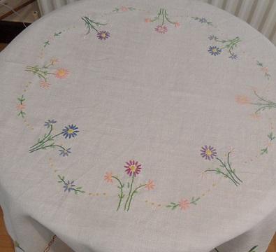 Ebay tablecloth 2