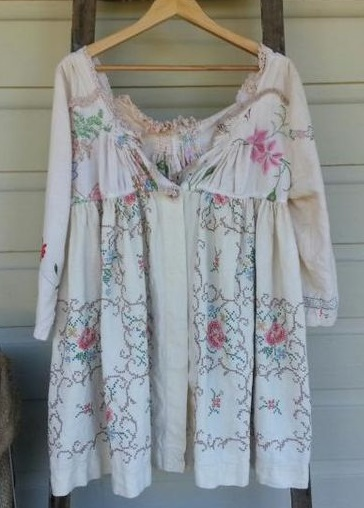 Tablecloth garment 2