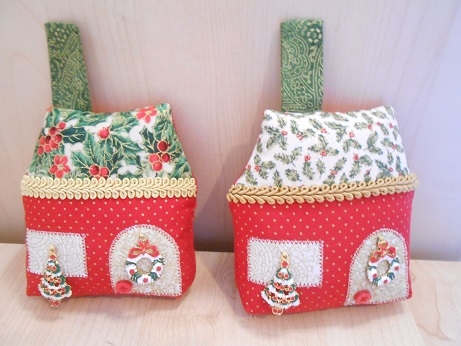 Christmas Cottages 1