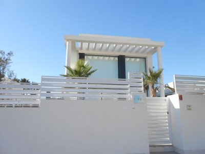 Spain - houses 25 - new builds 10