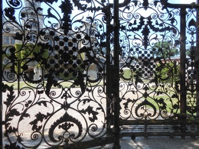 Thoresby gates 2