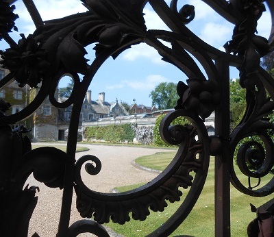 Thoresby gates 4