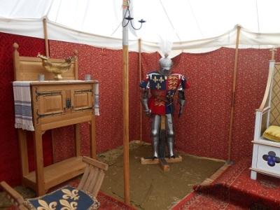 Tewks - Queen's camp 4