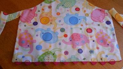 Ava's apron1