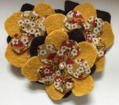 Felt flower brooch mustard