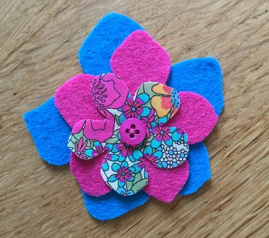 Felt flower pink 2