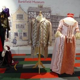 Costume Bankfield 10