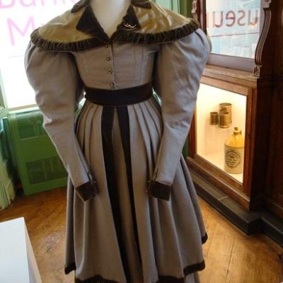 Costume Bankfield 22