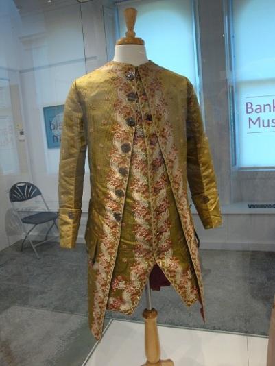 Costume Bankfield 8