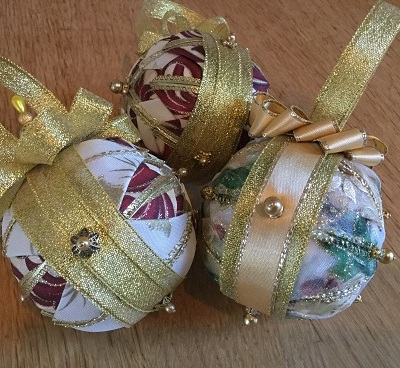 Xmas baubles Nov 13