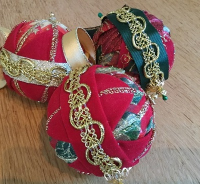 Xmas baubles Nov 8