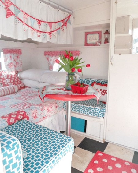 Cozy Little House camper